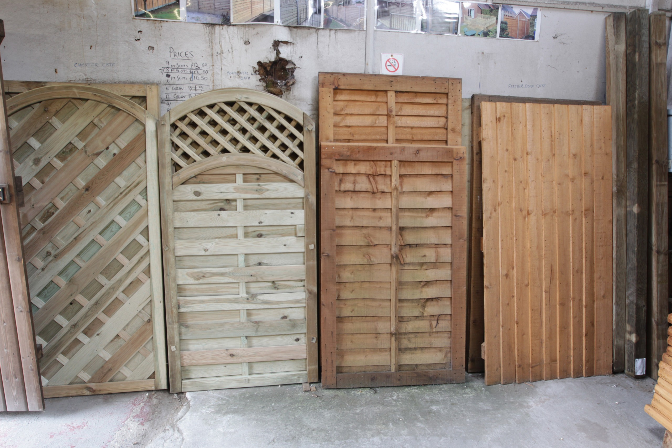 Cheap fence panels Hull